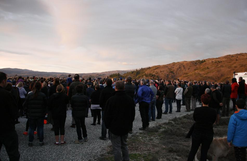 Dawn service at the Clyde lookout. Photo: Liam Cavanagh