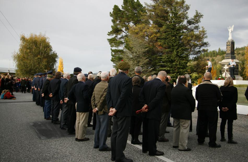 Wreath laying ceremony at the Clyde Cenotaph .Photo: Liam Cavanagh