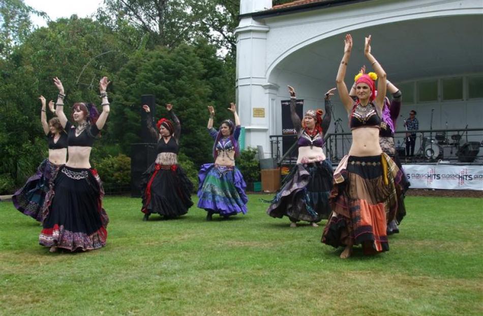 The Hinemaia Tribal Dance Group at the Dunedin Botanic Garden.