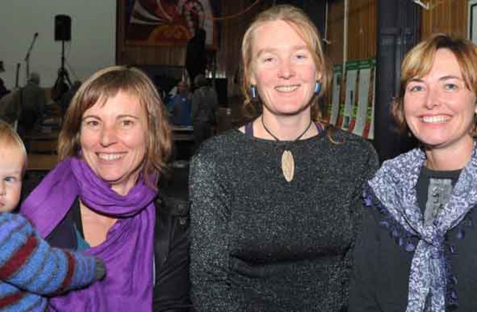 Azalea Neilsen (19 months), Jasmin Lamorie, Ursula Poole and Vanessa Seath.