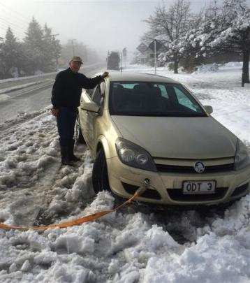 ODT reporter  David Bruce found himself chain-less and stuck in snow in Omarama yesterday morning...