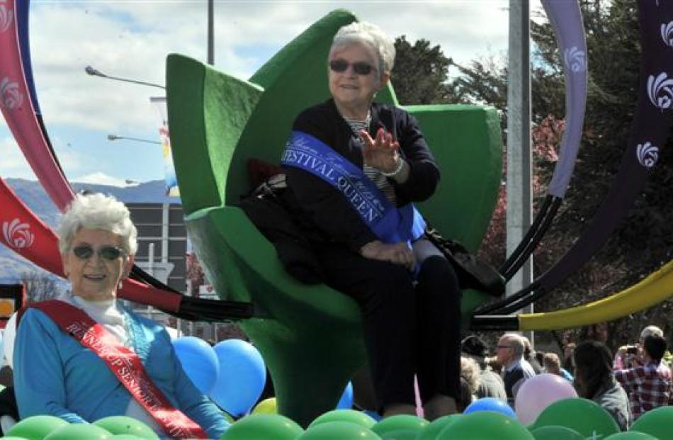 Senior Festival Queen Jan Robb (right), of Alexandra, and runner-up Dawn Becker, of Clyde, were...