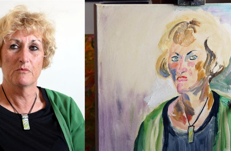 Eslpeth McLean is painted by artist Jude Ansbacher. Photo from Otago Images.