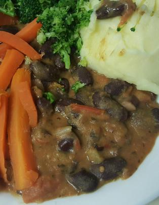 A hospital meal that was served at Dunedin Hospital last night. Photo: Supplied