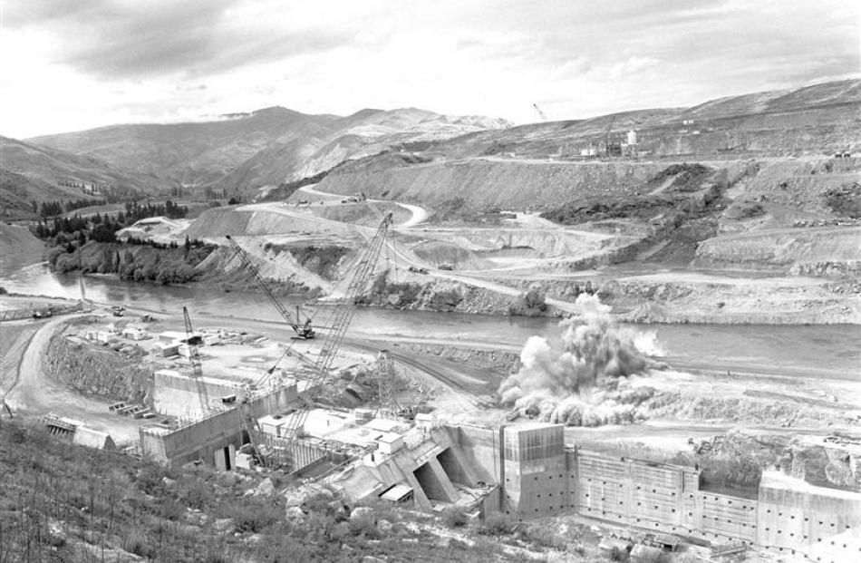 Construction of the Clyde dam is under way in this ODT file photograph.