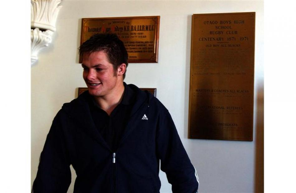 All Black captain Richie McCaw visits his old school. Photo by Craig Baxter.