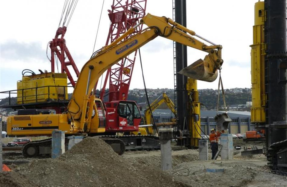 Pile-drivers at work on the south stand. Photo by Jane Dawber.