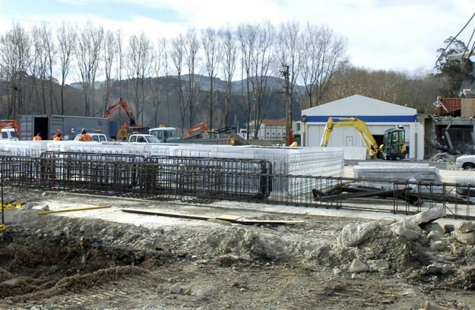 Steel reinforcing for the foundations. Photo by Jane Dawber.