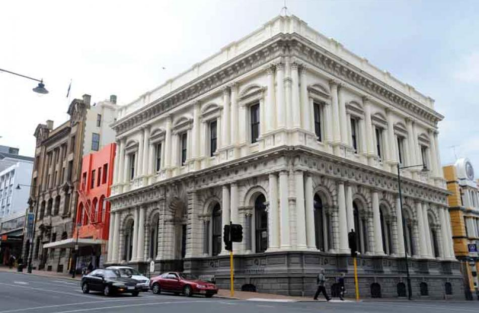 Bank of New Zealand (1879), now vacant.