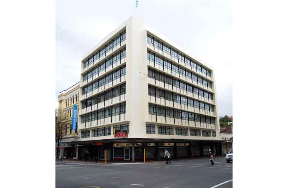 State Fire Insurance (1950s), now a wing of Southern Cross Hotel.