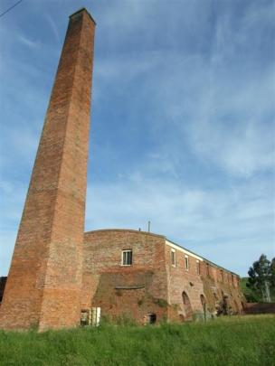 The kiln and landmark chimney still stand.