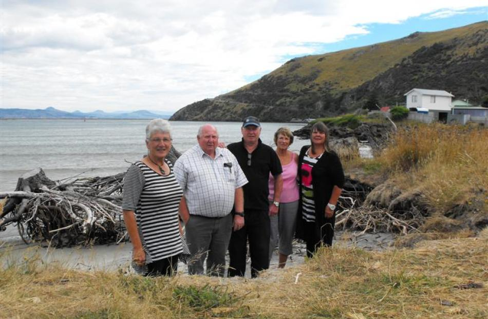 Te Rauone residents (from left) Edna Stevenson, Jim Shanks, Graeme McLean, Bev Russell and Jan...