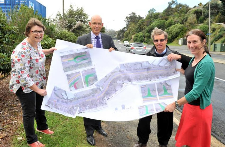 A revised plan to resolve a cycleway dispute in Portobello Rd has been praised by (from left)...