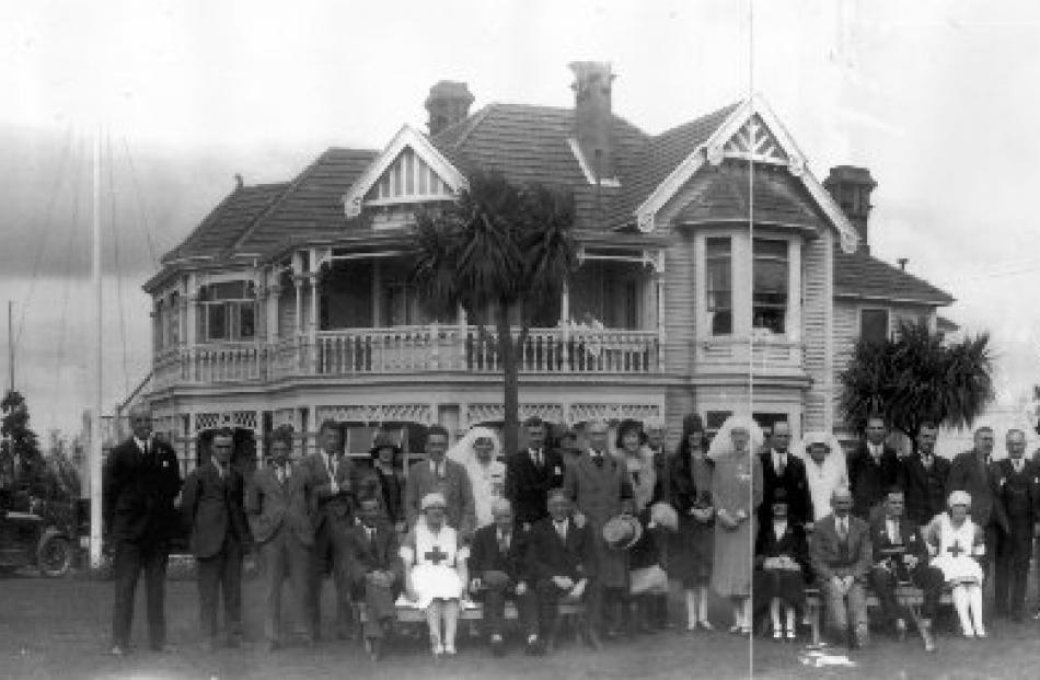 A visit by Governor-General Lord Bledisloe to Montecillo in the 1930s.