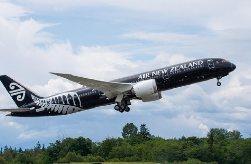 An Air New Zealand's Boeing 787-9.