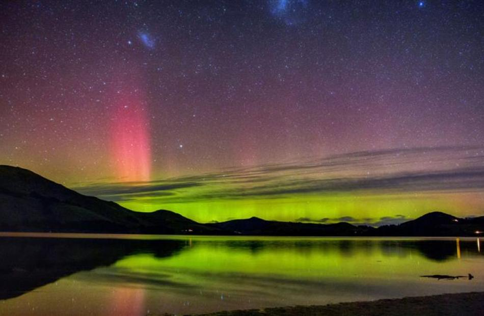 An aurora as seen from Papanui Inlet. Photo by Ian Griffin.