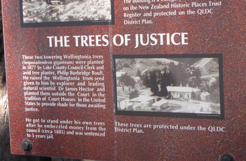 An information panel near the Queenstown courthouse.