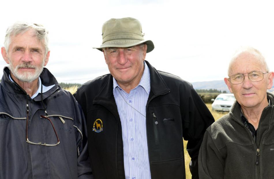 Barry Hobbs of Herbert, Ewan McLeod of Brighton and Brian Fitzwater of Herbert.