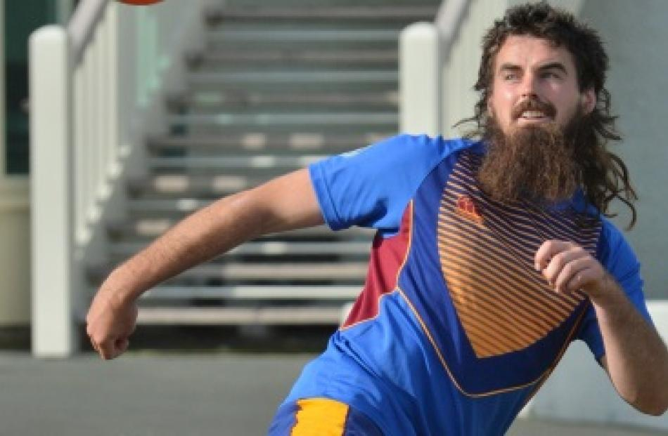 Blair Soper trains with the Otago Volts at the University Oval yesterday. Photo by Gerard O'Brien.