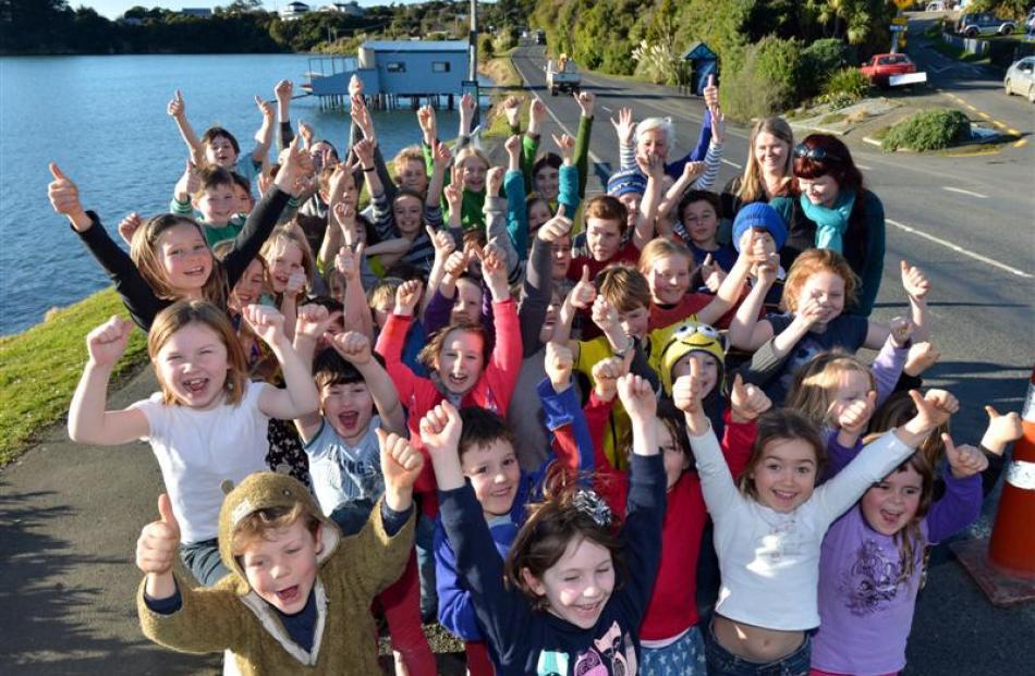 Broad Bay School pupils, with Otago Community Board chairwoman Christine Garey and teachers...