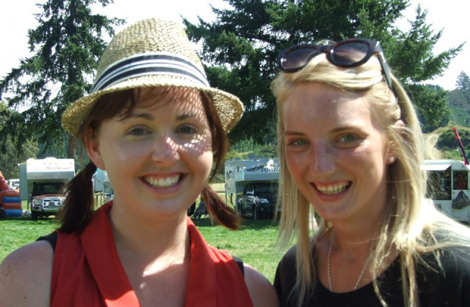 Brooke Anderson and Nicole Bichan, of Balclutha.