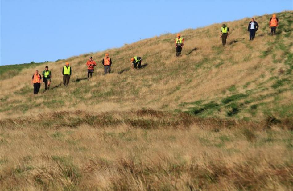 Catlins LandSAR crew finish their day in the search for a missing boy and his estranged...