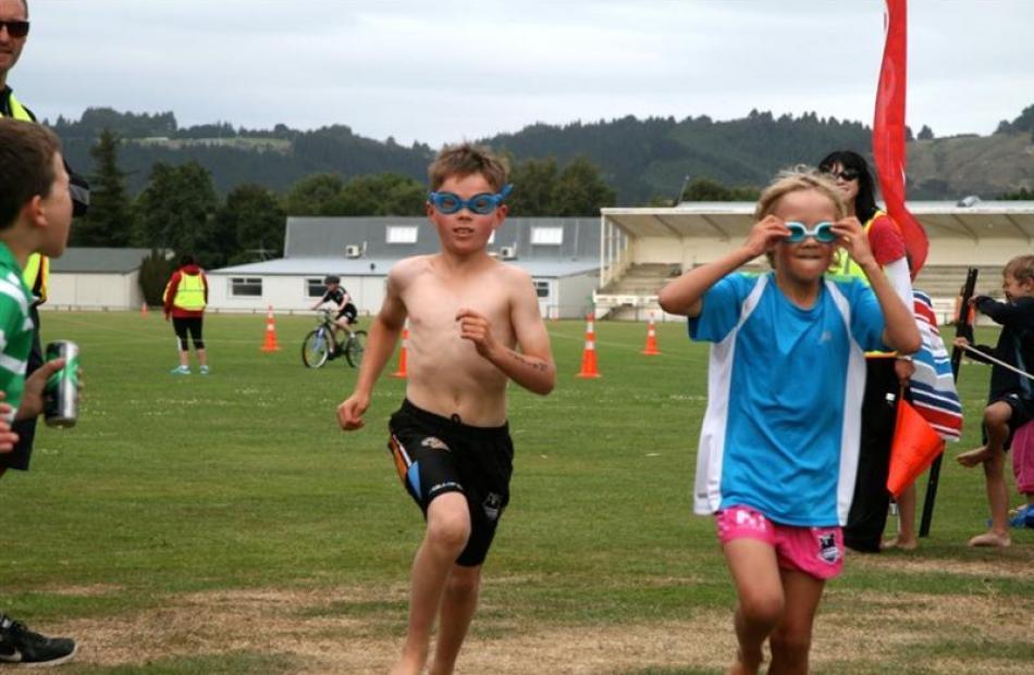 Children compete in last year's Plains Junior TRYathlon at Mosgiel. Photo supplied.