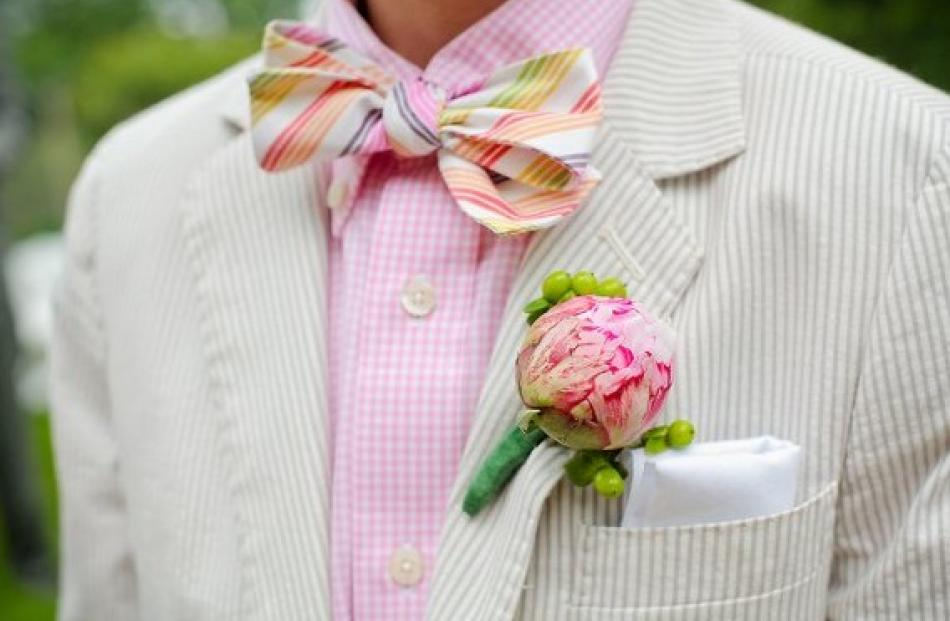 The perfect mix of classic and colour, and sightly preppy too. Source: www.oh-lovely-day.com