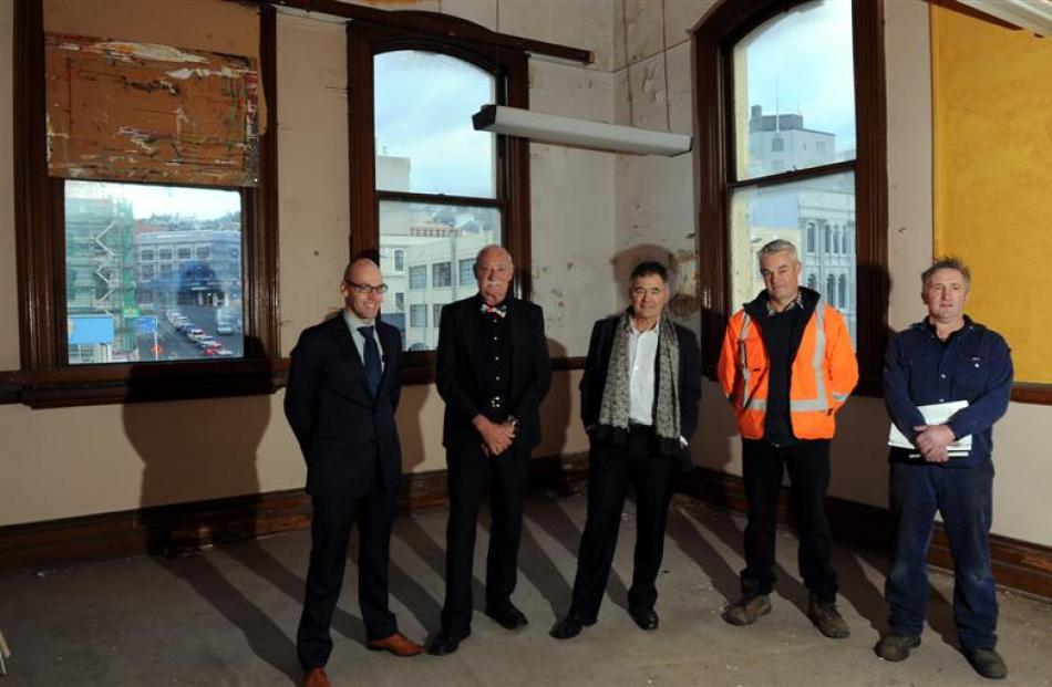 Council policy planner (heritage) Dr Glen Hazelton, Roger Bray, Dunedin Mayor Dave Cull, Neville...