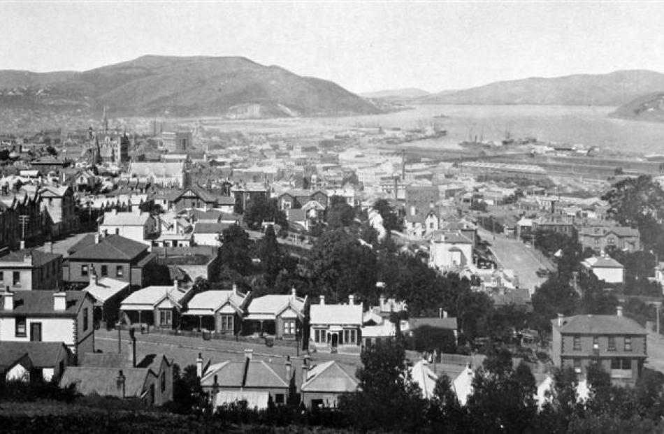 Dunedin from Montecillo, showing the waterfront, wharves and shipping. - Otago Witness, 25.12...