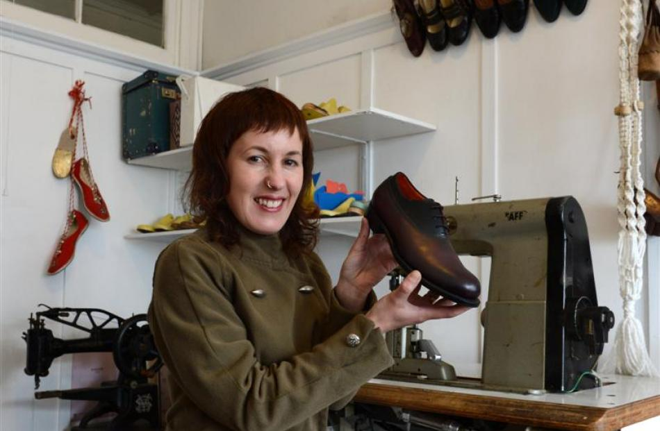 4d970c54d1386 Shoemaker taking classes with sole | Otago Daily Times Online News