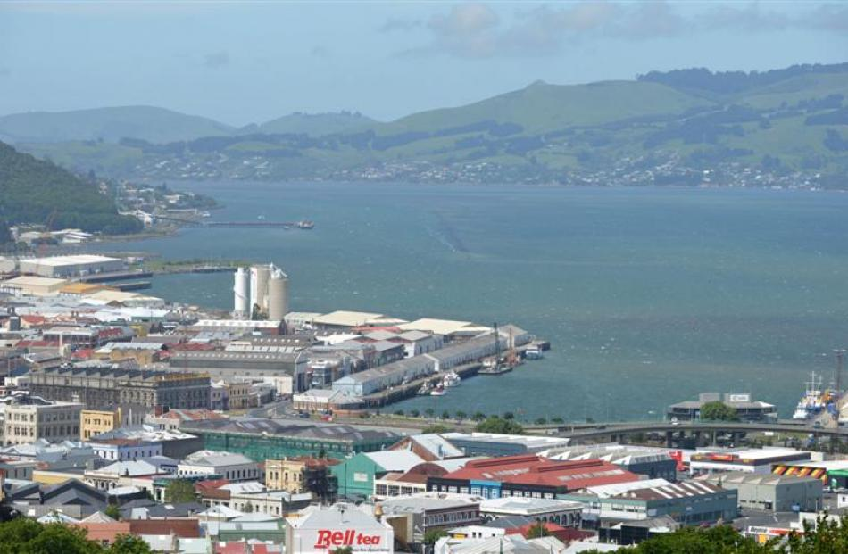 Dunedin should follow Wellington and Auckland and redevelop its waterfront to become a beautiful...
