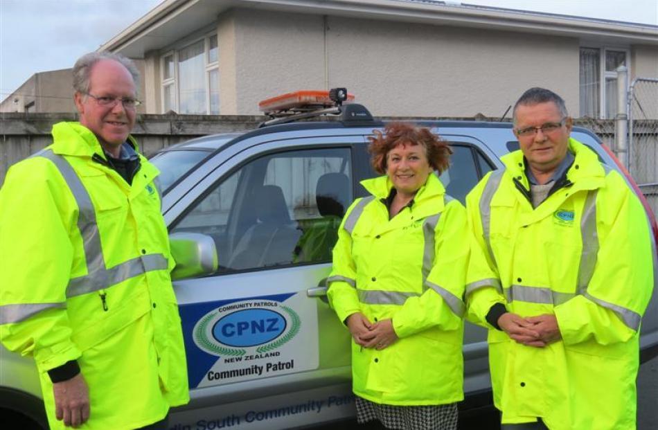 Dunedin South Community Patrol member Ian Corry (left), chairwoman Sheree Mason and Southern...
