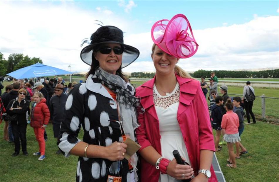 Fashion in the Field runner-up Tina Field, of Rangiora (left), and winner Jess Murphy, of...