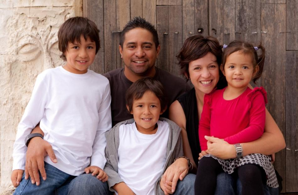 Fifo families founder nicole ashby husband aperahama and their children tana 7