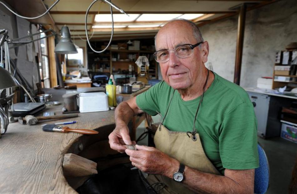 Jeweller Kobi Bosshard at his Cottesbrook studio. Photo by Gregor Richardson.