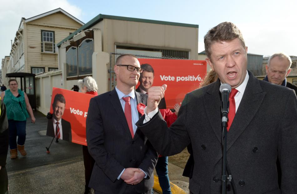 Labour leader David Cunliffe vows to reopen Hillside, accompanied by Labour Dunedin North MP...