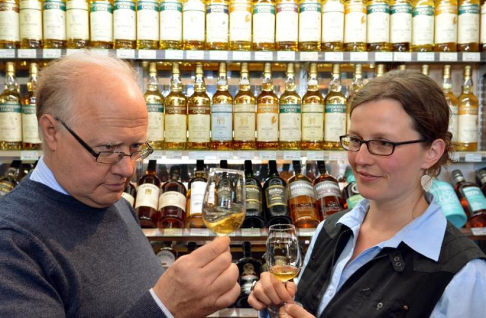 Meenan Wines and Spirits Ltd managing director John Eckhoff and 2014 New Zealand International...