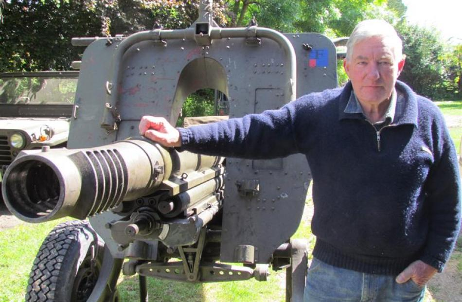 Mr Dempster with his 105mm calibre Pack Howitzer. Photos by Andrew Ashton.