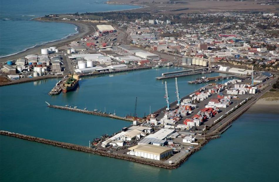 Port of Tauranga's purchase of half of PrimePort Timaru will pay off for exporters. Photo supplied.