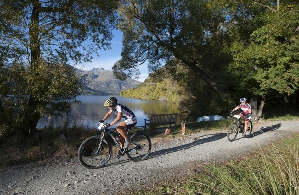 Racers in the New World Tour de Wakatipu around Lakes Hayes last year. Photo by Patrick Fallon.