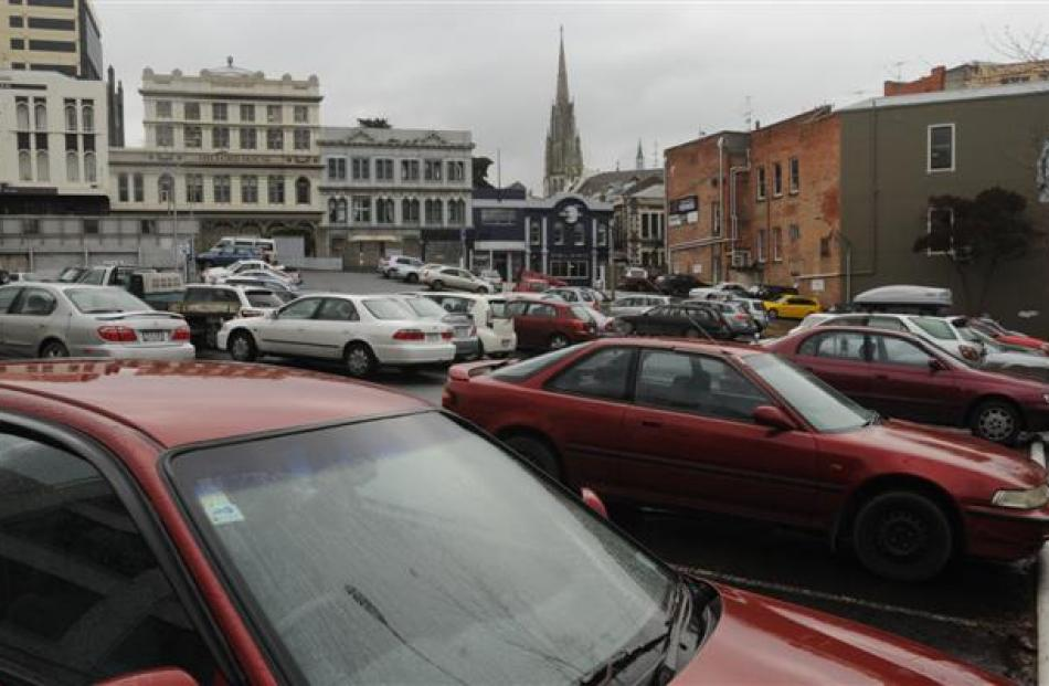 """Scene of the """"crime"""" ... The Dowling St car park yesterday.  Photo by Peter McIntosh."""