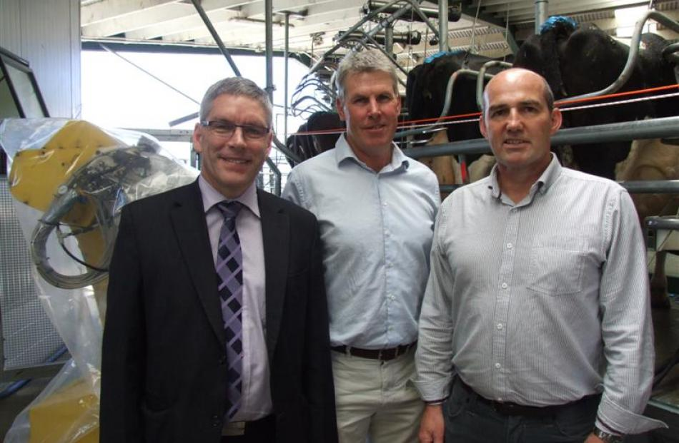 Scott Technology chairman Stuart McLauchlan (left), Scott Milktech chairman Murray King and Scott...