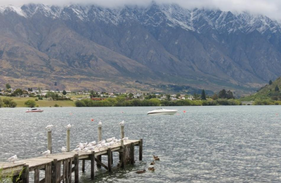 Snow on the Remarkables made for a cool start in Queenstown this morning. Photo James Beech