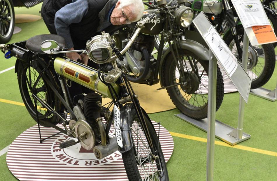 Eddie Constable gets a closer look at a 1914 Triumph.
