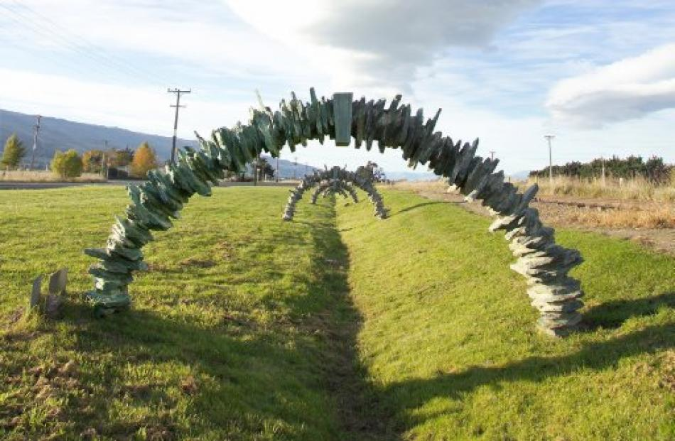 Stone Arches, near Middlemarch, 1998, by Rebecca South and Jesse Stevens, was commissioned under...