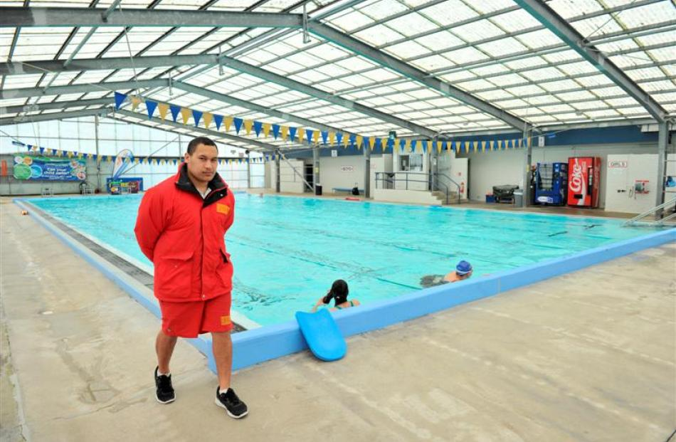 Supervisor Panua Tangimetua at the Mosgiel Swimming Pool yesterday. Photo by Linda Robertson.