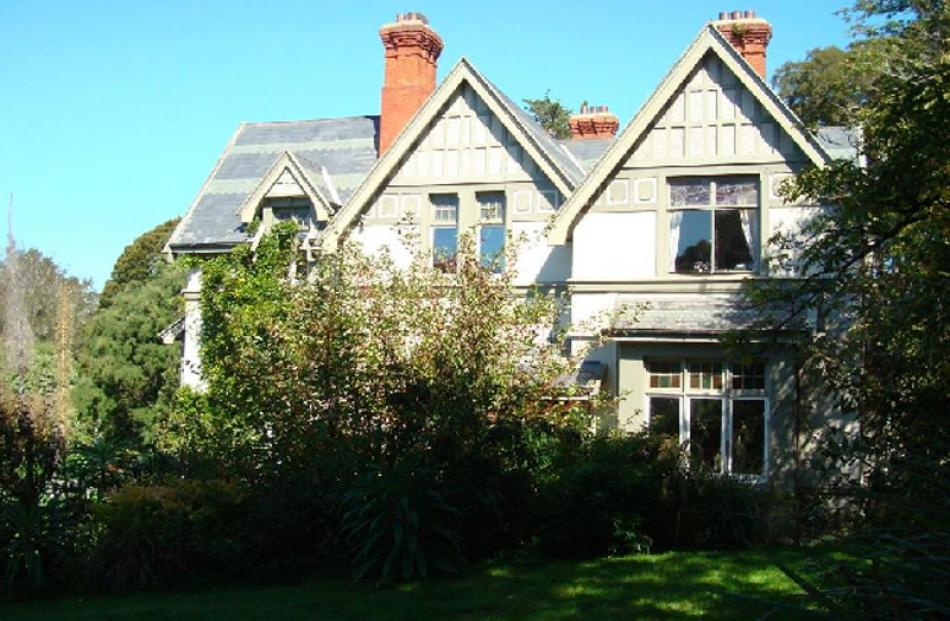 14 and 24 Ferntree Dr, Wakari, Dunedin, bought for $644,000, sold for $585,000.