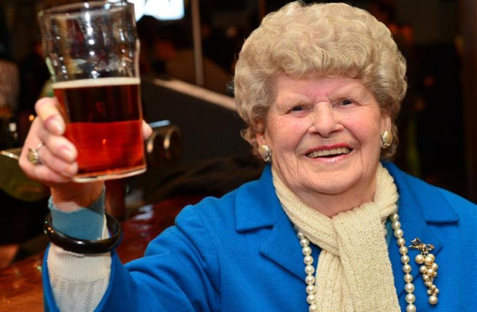 Sylvia De Jong (86), who shares a birthday with the pub's namesake.