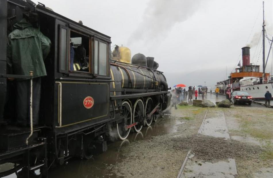 The Kingston Flyer meets  TSS Earnslaw in Kingston on October 18, the first   re-enactment cruise...